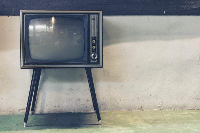 インターネット広告はテレビ広告に迫る勢い